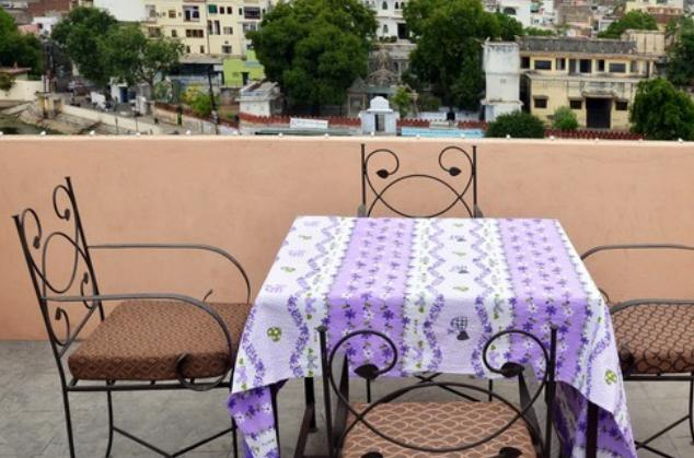 Heritage Haveli Guest House Udaipur Restaurant